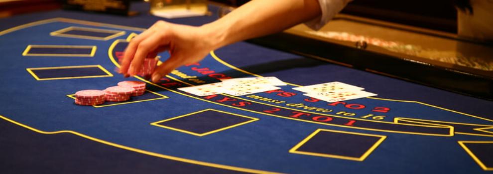 Spela blackjack live